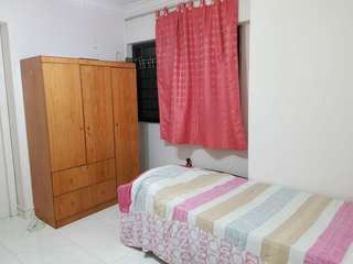 cheap and Immediately ..Nice high & windy floor common Room for Rent  @ Toa payoh