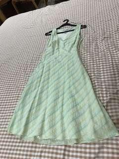 Ann taylor sleeveless green dress