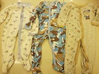 Baby sleepsuits set of 3