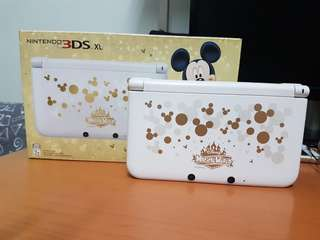 Nintendo 3DS (Limited Edition, Mickey Mouse)