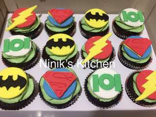 Justice League Cupcakes