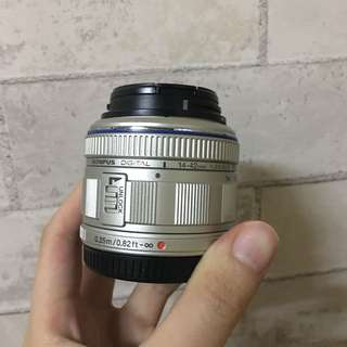 🚚 相機鏡頭Olympus 14-42mm [故障]