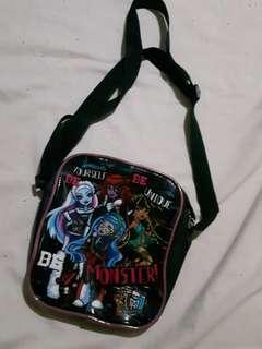 Sling bag for kids