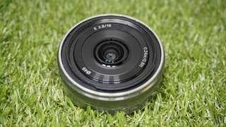SonyE 16mm f/2.8 oss Lens (Silver)