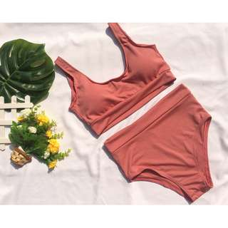 Sporty set w pads