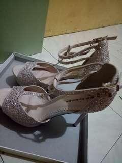 High heels gibi