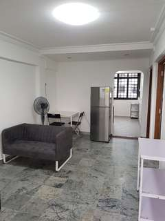 Room for rent @ Commonwealth Crescent