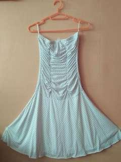 White polkadot strapless dress