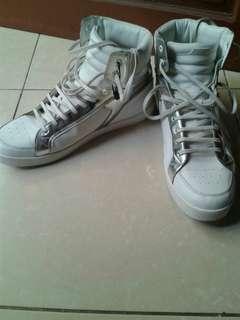 Sepatu zara man's