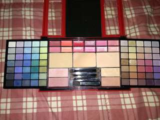 Guylond paris makeup pallete