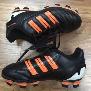 b24dc770bbb Original kids adidas football boots shoes predito TRX FG J US 11.5