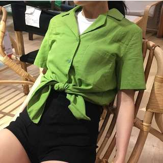 綠 襯衫 短袖 領子