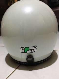 🚚 GP-5白色騎士帽