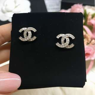 ❣️New Chanel CC 3D Silver + Rhinestone earrings