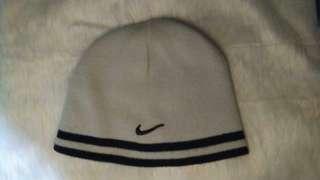 Nike Bonnett 2 Reversible Colors