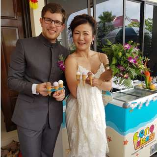 FREE Flow Ice Cream Live Station Catering - 1st & Only Mini Ice Cream for Wedding, Birthday, and all type of events