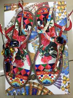 D&G sandals on hand size 37