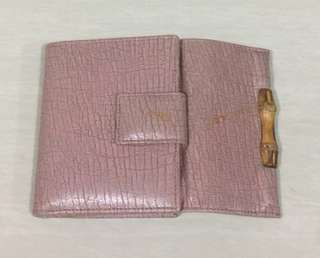 GUCCI Authentic wallet.