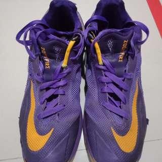 Sepatu Basket Nike Zoom Fire 2013 Ungu