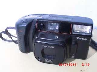 fujifilm ZOOM GARDIA 800 film camera