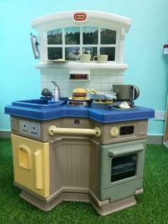 Little Tikes Kitchen set