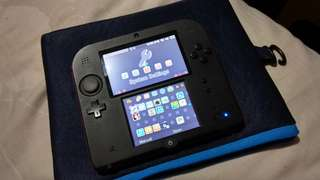 Nintendo 2DS Red (Modded)