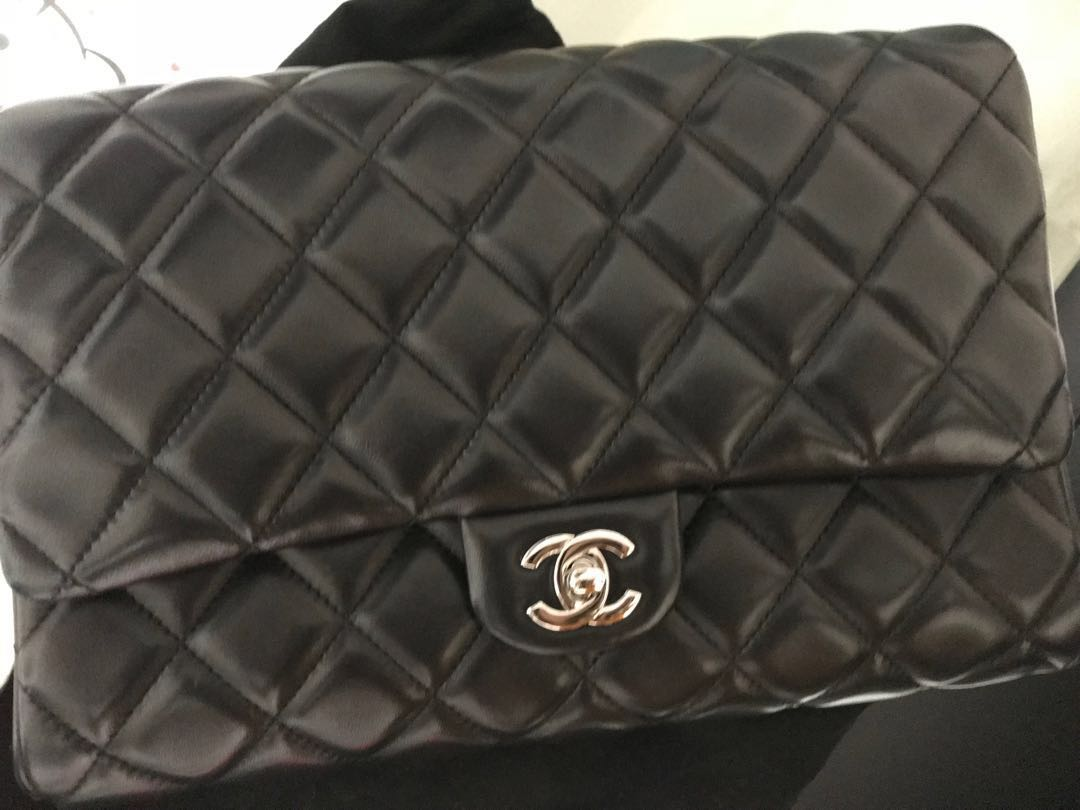 Authentic Chanel CWC Clutch with Chain  2c9fb7fc2c93f
