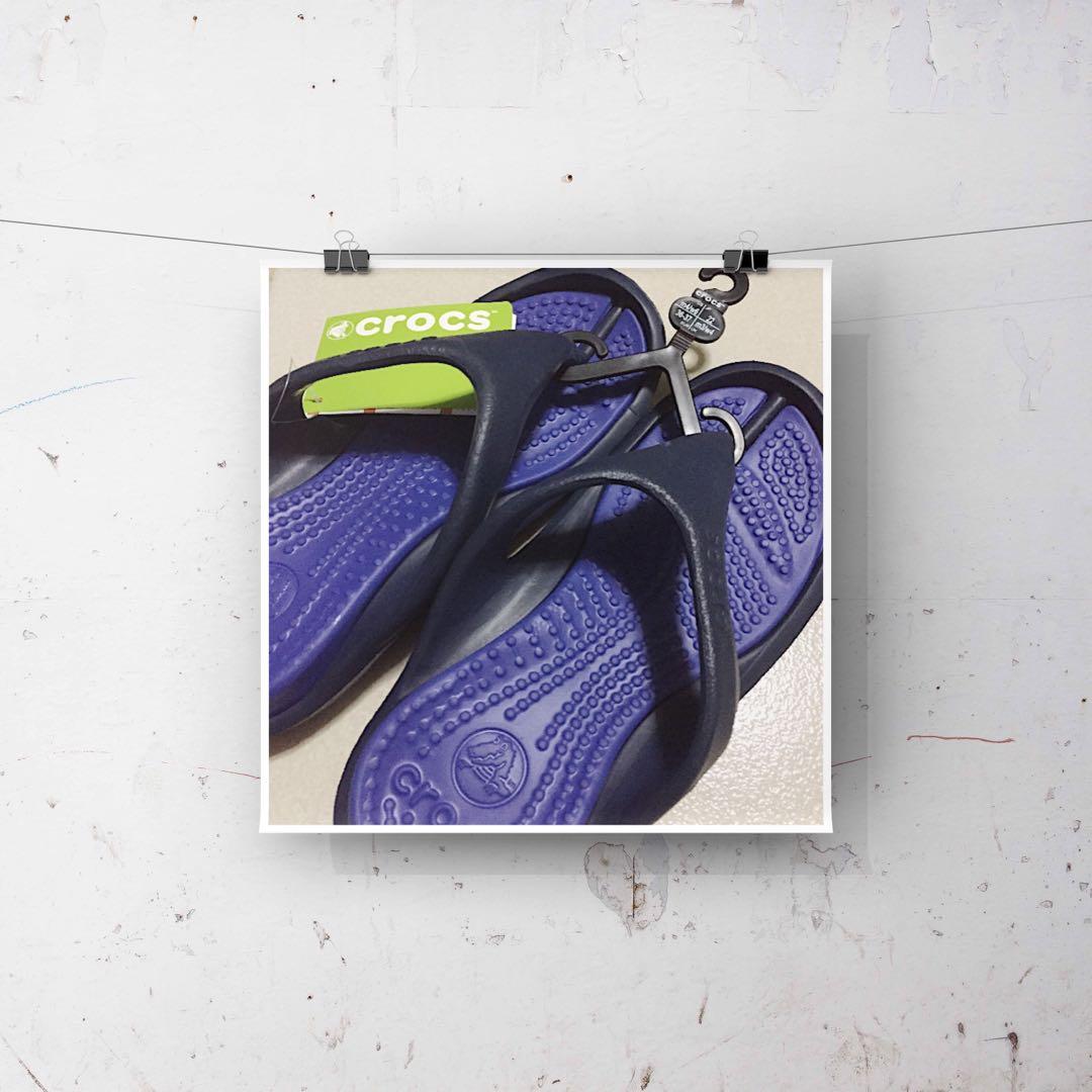9a72f58b98abf0 Crocs Athens Sandals