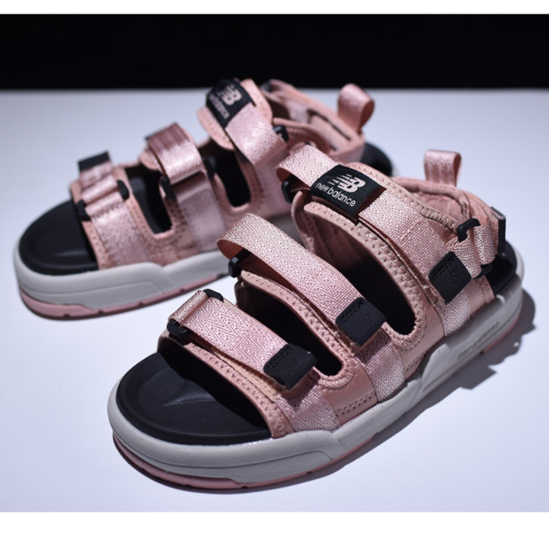 228d2b120824 New Balance CRV Sandal