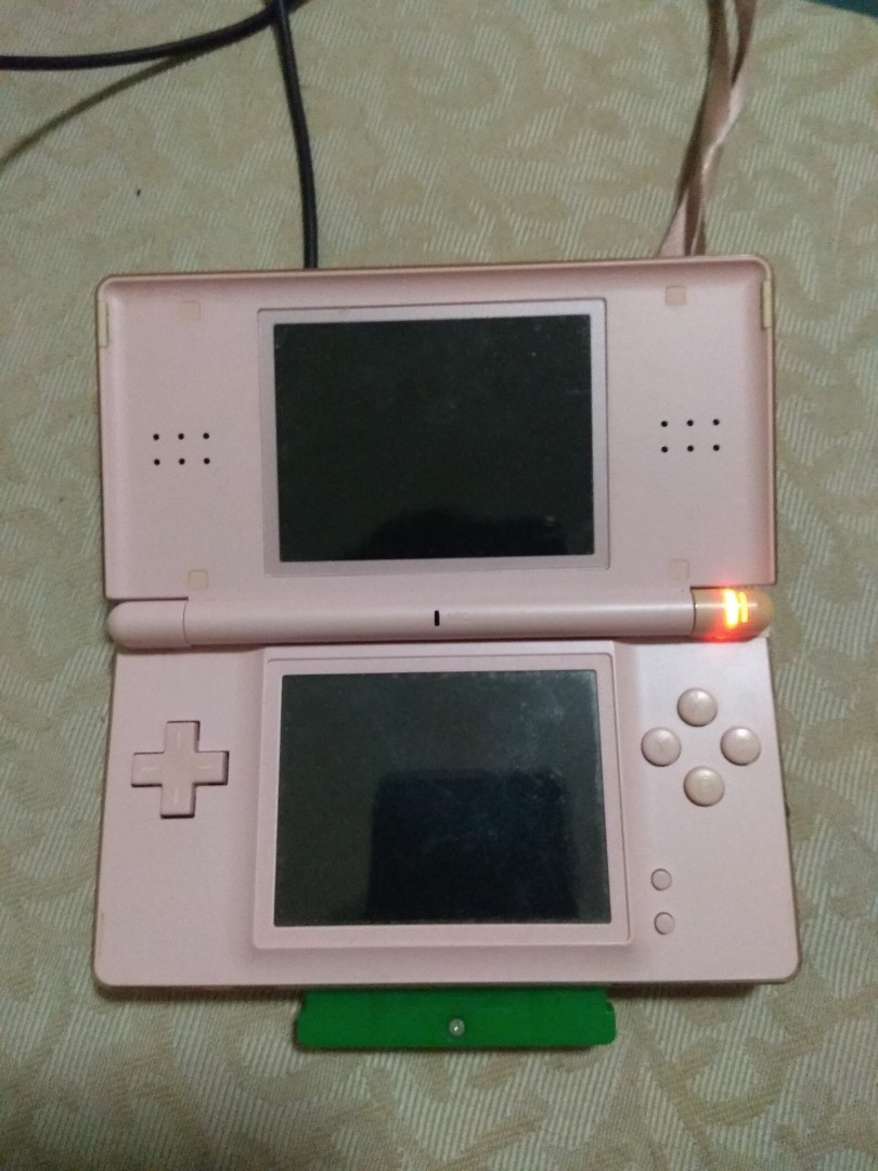 Nintendo Ds Lite Console With Charger Toys Games Video Gaming New 3ds Ll Pink White Cfw Luma 16gb Consoles On Carousell