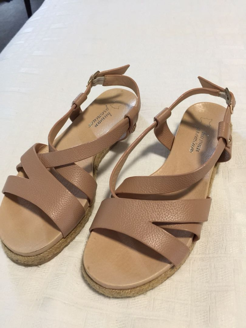 Real leather sandals