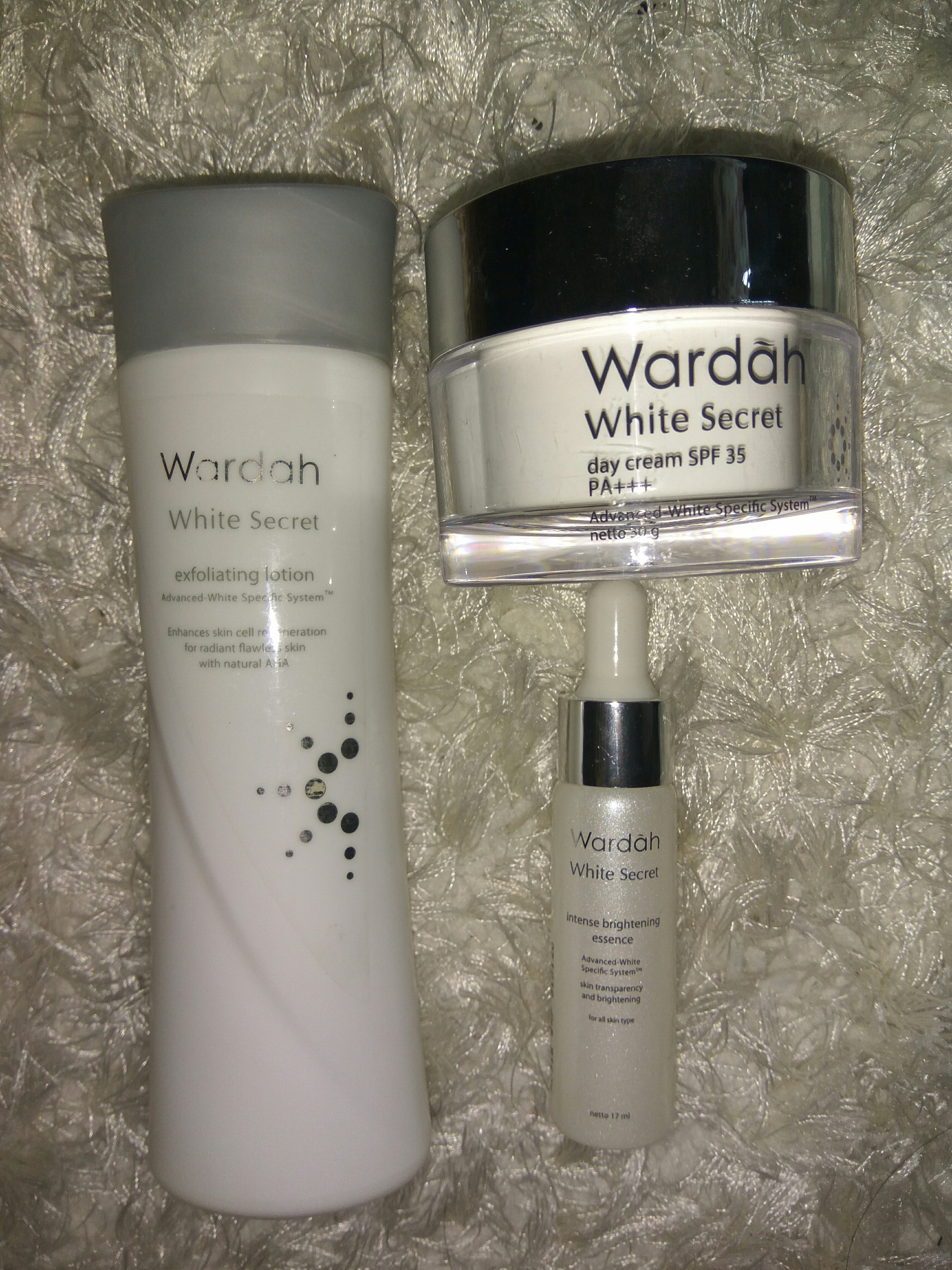 Wardah White Secret Health Beauty Skin Bath Body On Carousell Facial Wash With Natural Aha 100 Ml