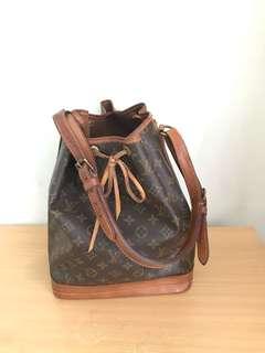 LV Large Noe Bucket Bag