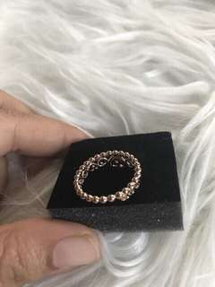 Tiarra ring rose gold