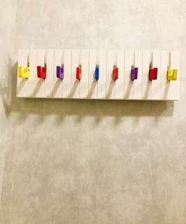🚚 鋼琴造型壁掛架(彩色)