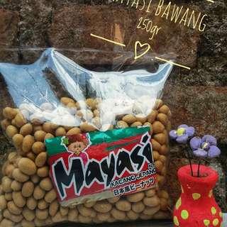 Kacang mayasi rasa bawang