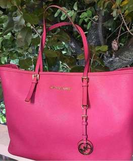 Authentic Michael Kors Hot Pink JetSet Travel Bag