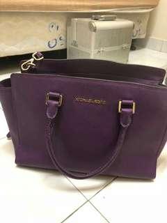 Pre-loved Michael Kors Handbag