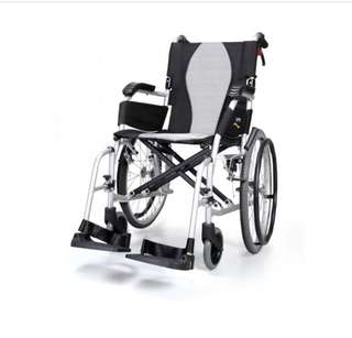 Used light weight wheelchair for sale (10.5kg)
