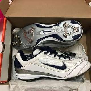 Nike棒球鞋