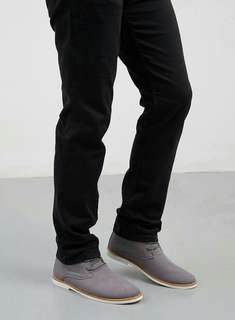 Men Timber Chukka Grey