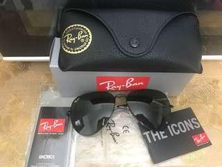 Ray Ban 太陽眼鏡 黑框 墨綠鏡 3025