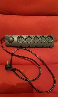 Multi plug power socket