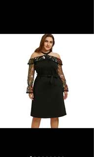 PLUS SIZE Mesh Panel Embroidery Dress