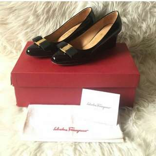 👉CAKEP - SF Wedges Black Patent Leather #brE