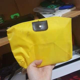 Mini longchamp pouch