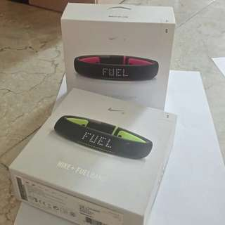 Nike fuel band size small new