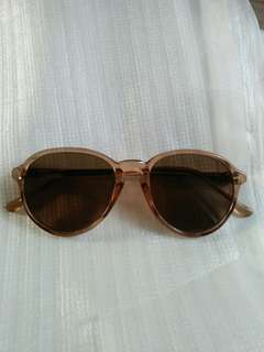 Vintage sunglasses Enicar New old stock/Kondisi baru hanya stock lama (real pict)  Frame besi tanam Engsel besi lensa kaca asli,adem di mata Sangat nyaman dipakai Warna lensa coklat
