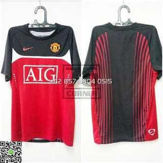 Nike Manchester United Training Shirt Season 2007-2008 Adult Small Size Winner of England, Europe & World