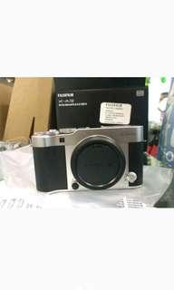 Fujifilm X-A3 Kit 16-50mm Mirrorless Tanpa CC
